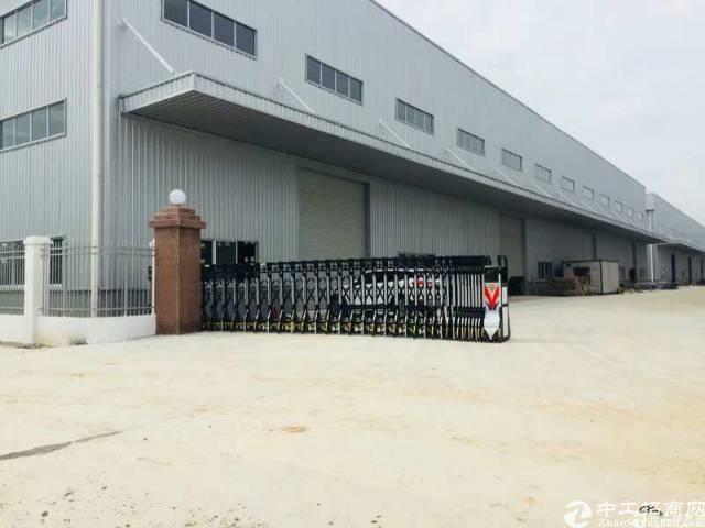 白云区太和镇单一层钢构厂房出租,实际面积3880平方