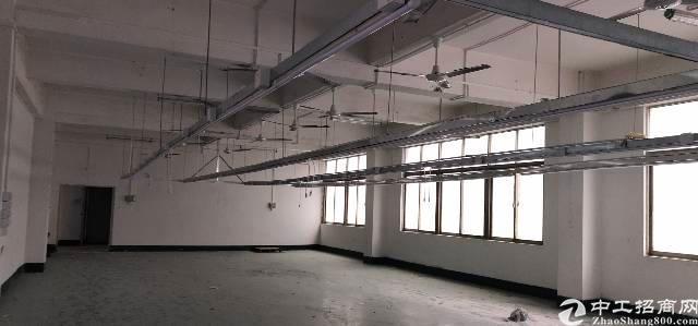 横岗六约地铁站口附近二楼带装修七百五十平出租-图4