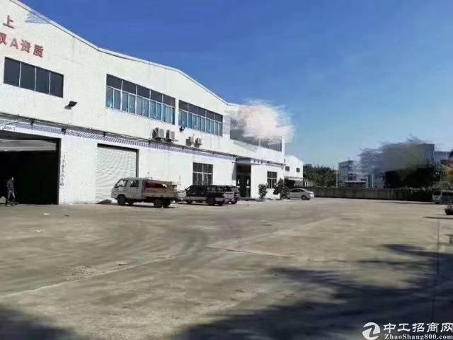 深圳市宝安区松岗镇靠近公明漂亮大气12米高钢结构出租
