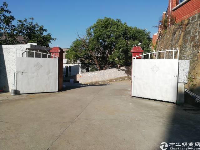深圳横岗新出独院单一层铁皮房