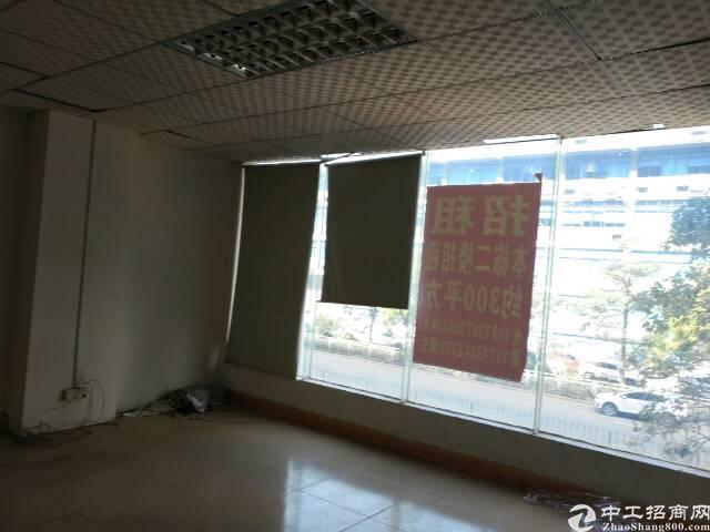 福永宝安大道旁二楼三百平商业可做办公,培圳,