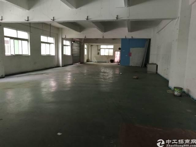凤岗新出二楼700平米带地坪漆带办公室标准厂房