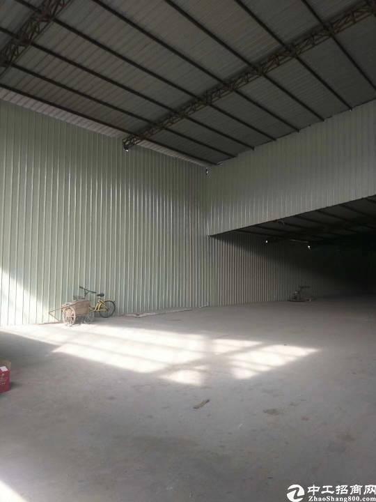 布吉新出一楼钢构厂房680平