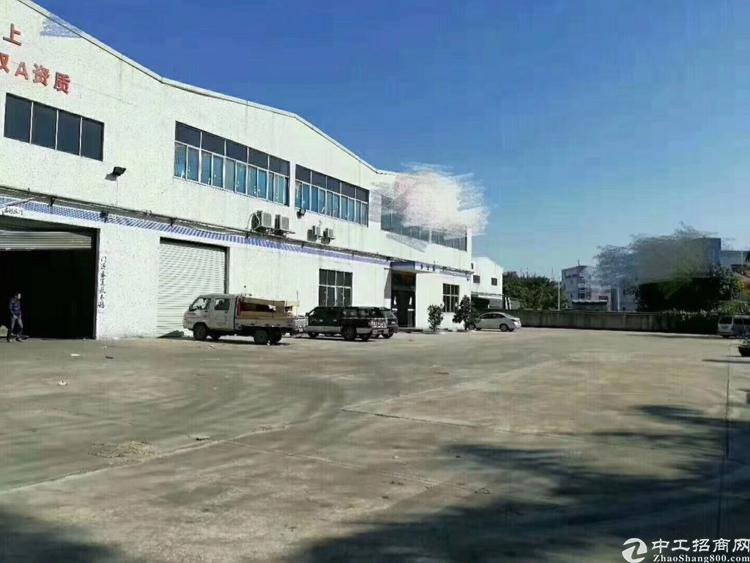 12米厂房16000平米出租可以分租