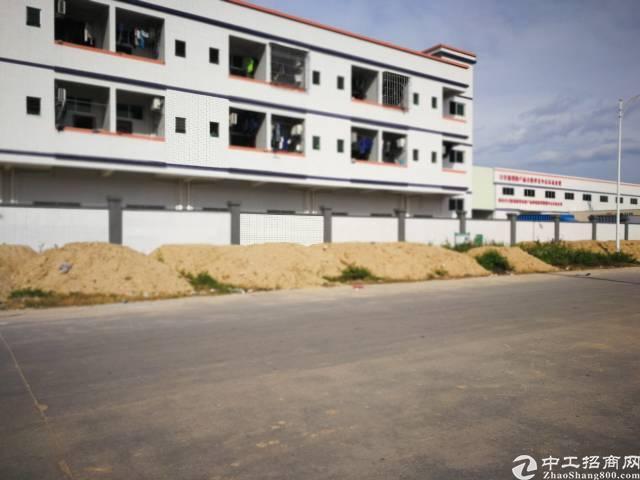 独院钢结构厂房5000平出租