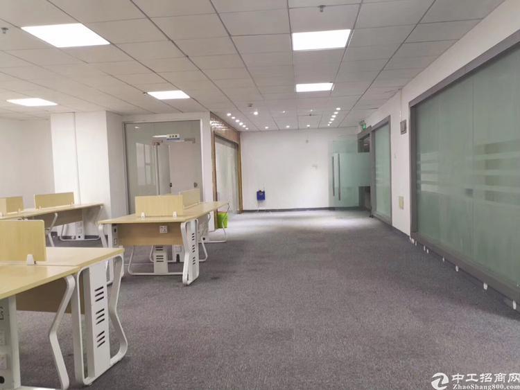 龙华油松精装修办公室328平招租