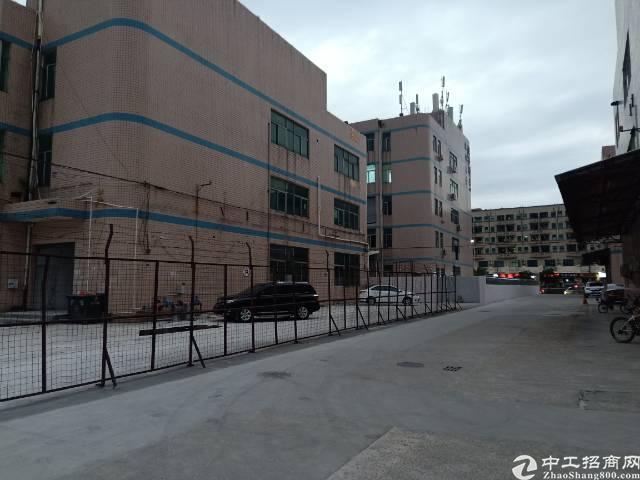 平湖富民工业区新出独院厂房6000平湖