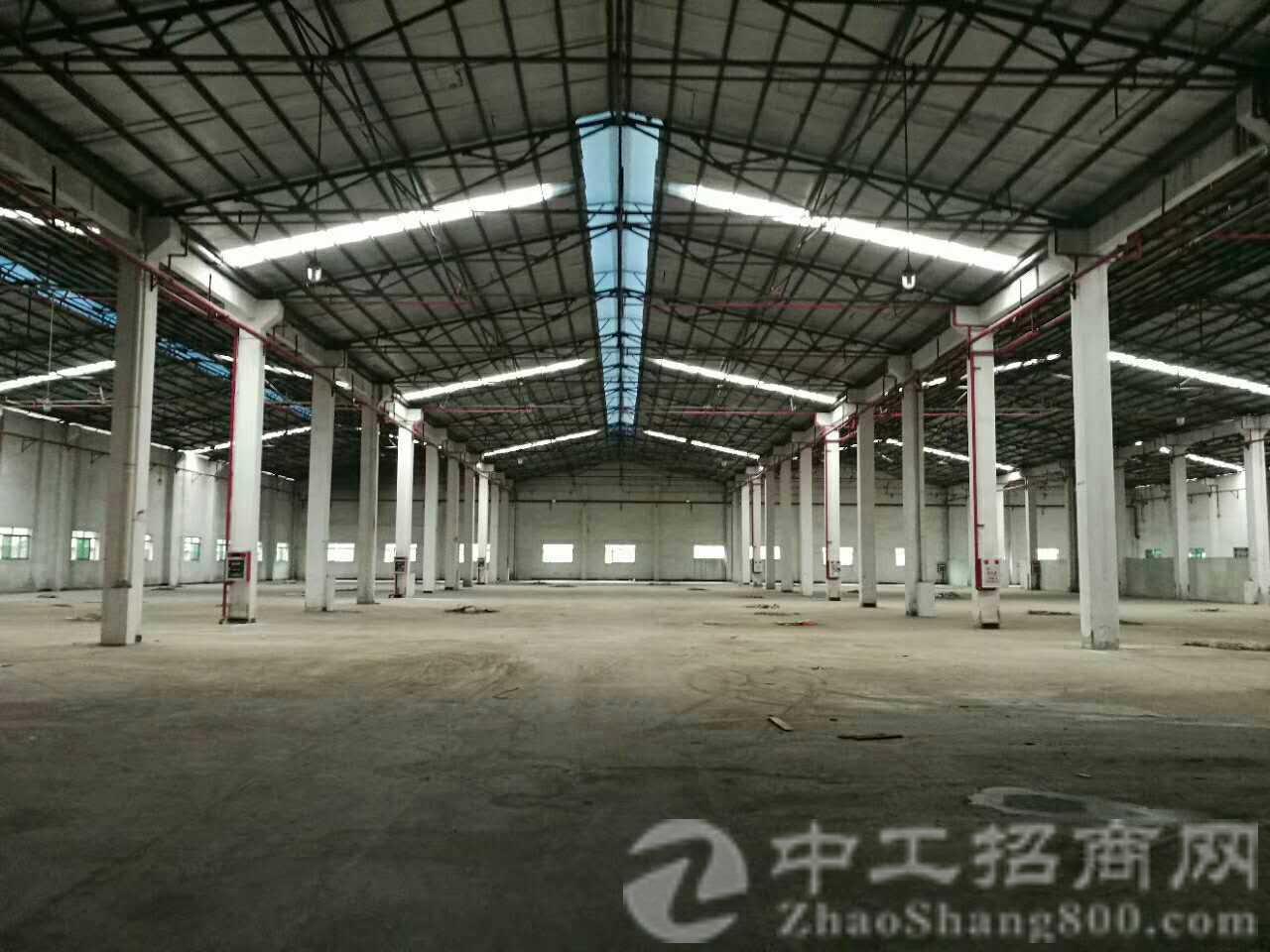 茶山镇原房东全新刚带10吨行车有塑胶环评厂房