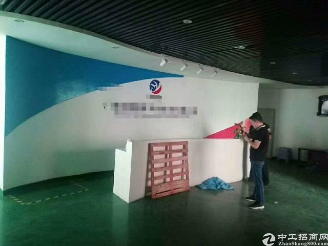 福永楼上精装厂房780平零公摊面积出租(无转让费)