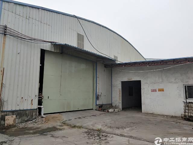 洪梅镇2200平方单一层独院厂房出租