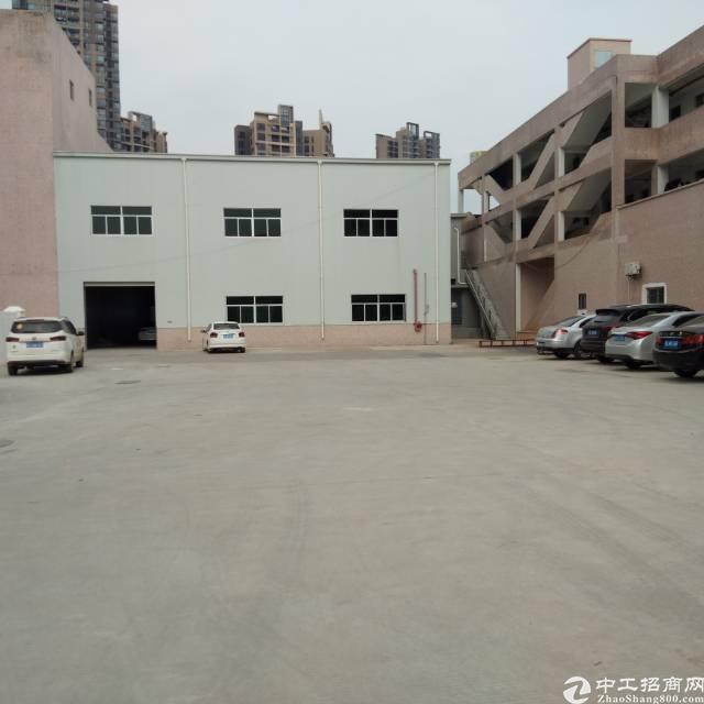 凤岗独门独院厂房2000平方只租20元