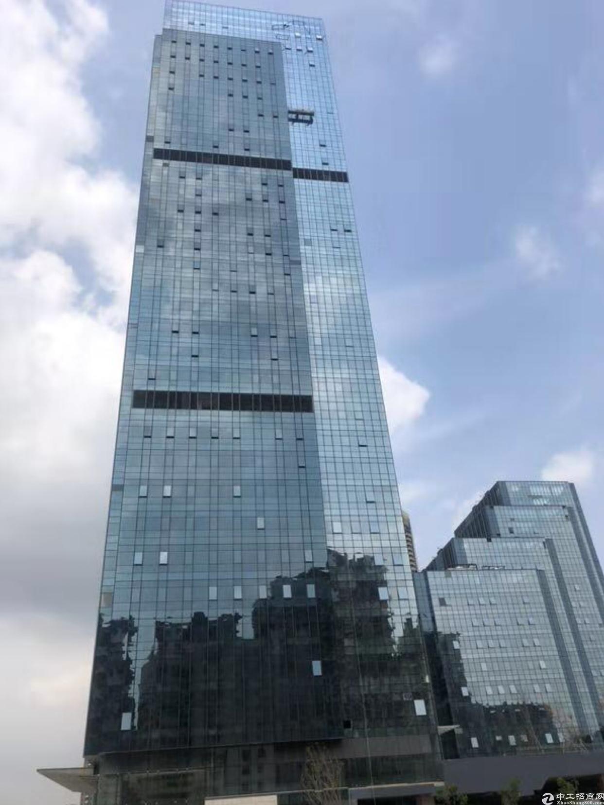 龙华地铁口高端写字楼出租带装修100平起分