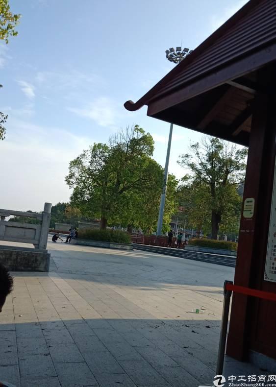 西乡地铁口附近精装厂房750㎡出租-图2