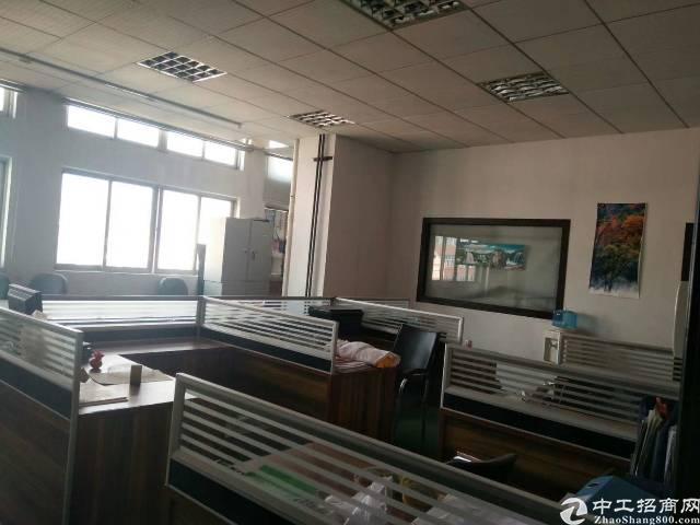 虎门大宁靠近沿江高速出口楼上带装修1200方厂房出租