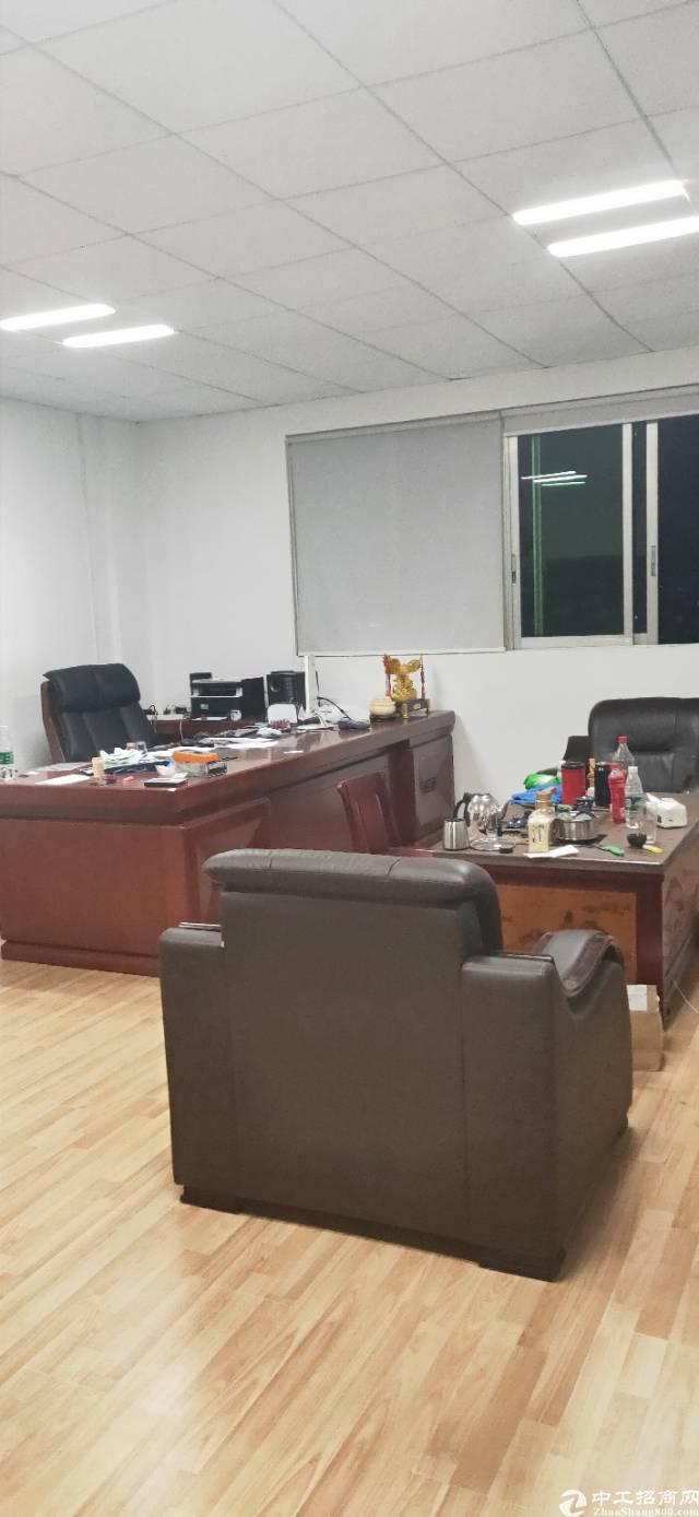 新出平湖华南城原房东三楼带装修800平厂房出租-图5