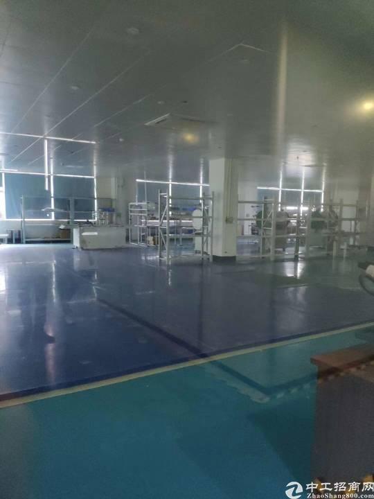 平湖华南城附近新出三楼厂房750平带装修