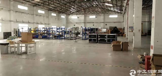 公明西田新出滴水8米钢构厂房