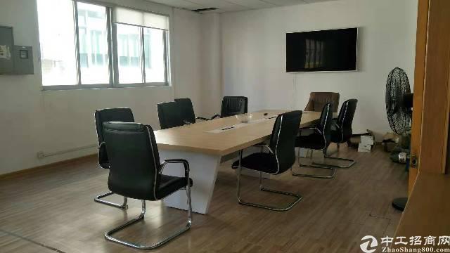 平湖辅城坳工业区新出二楼800平方带装修厂房招租