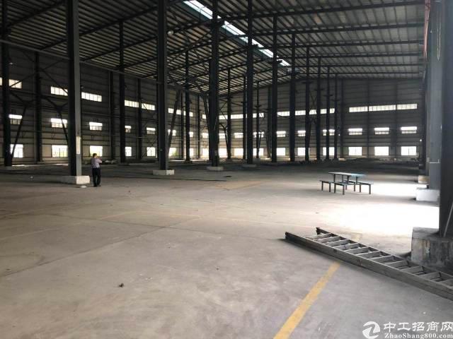 谢岗镇独院厂房20000平出租,滴水高度10米,只能做仓库用