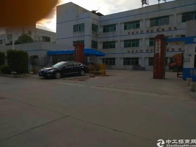 平湖辅城坳工业区新出二楼800平方带装修厂房招租-图2