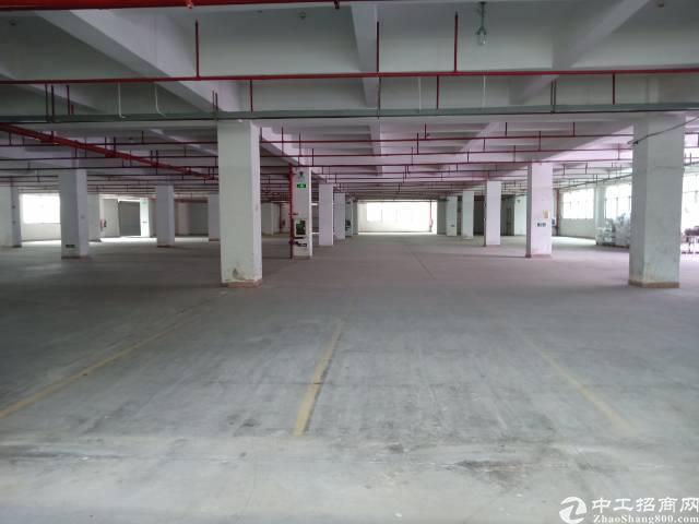 平湖辅城坳工业大道附近一楼厂房仓库求租