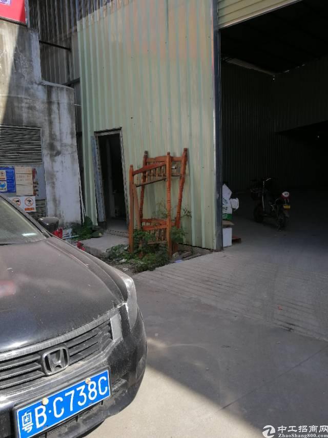 布吉布澜路旁新出680平每平方25块钱8米钢结构厂房出租