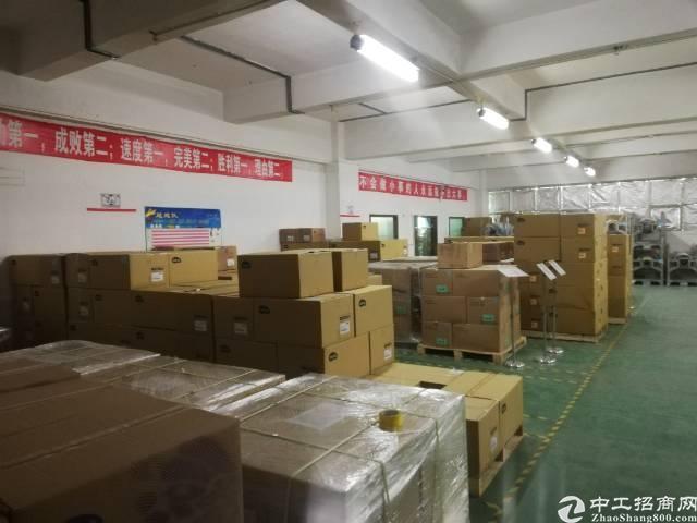沙井大王山新出楼上整层1780平精装厂房出租