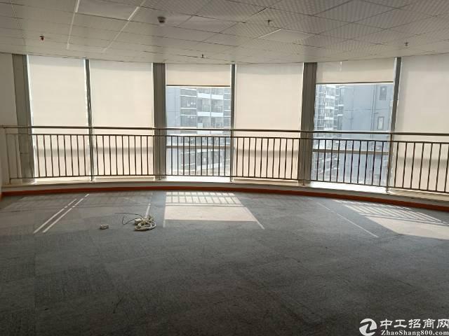 福永地铁站同泰时代中心336㎡