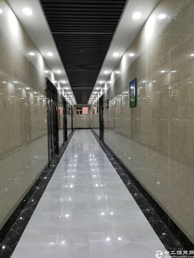 西乡固戍地铁口全新装修整层1200平方,高使用率