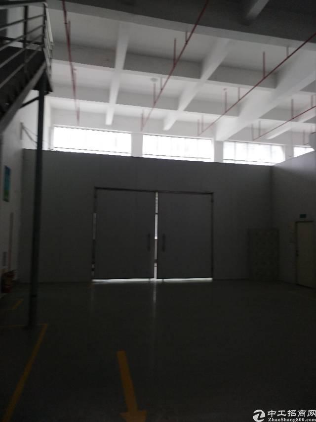 西乡黄田107国道旁精装厂房3300平出租