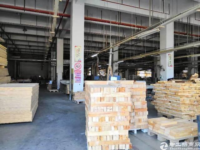 布吉一楼2000平方厂房!适合物流,仓库/食品中转行业