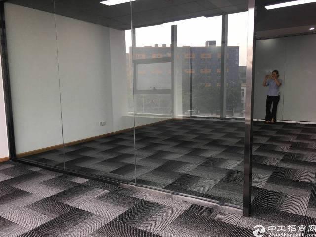 福永地铁站20米全新写字楼出租