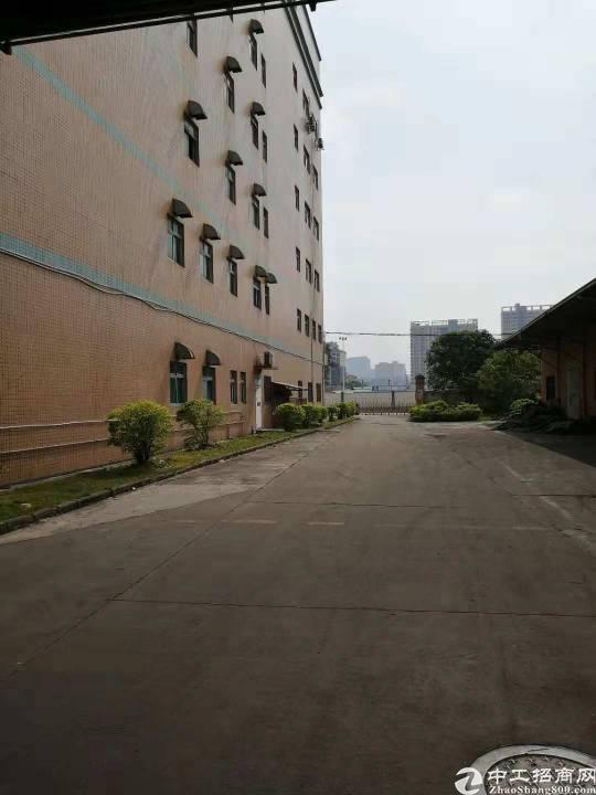 布吉新出单层6500平厂房,带喷淋,空地8000平,有食堂,