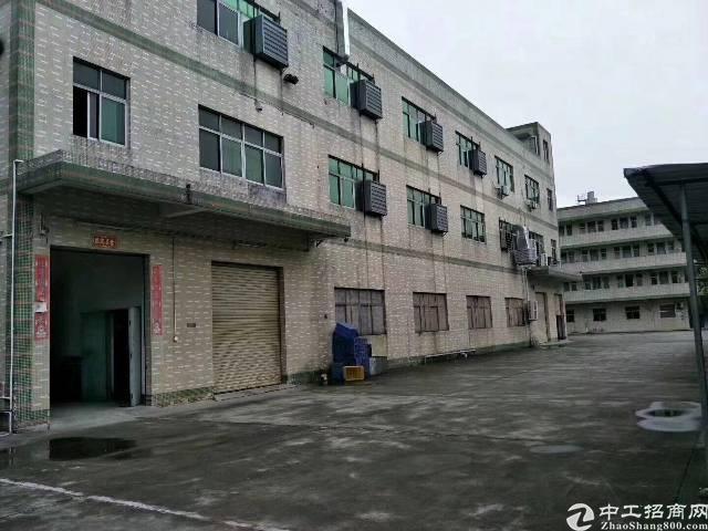 平湖华南城附近新出5600平方独院厂房大小分租
