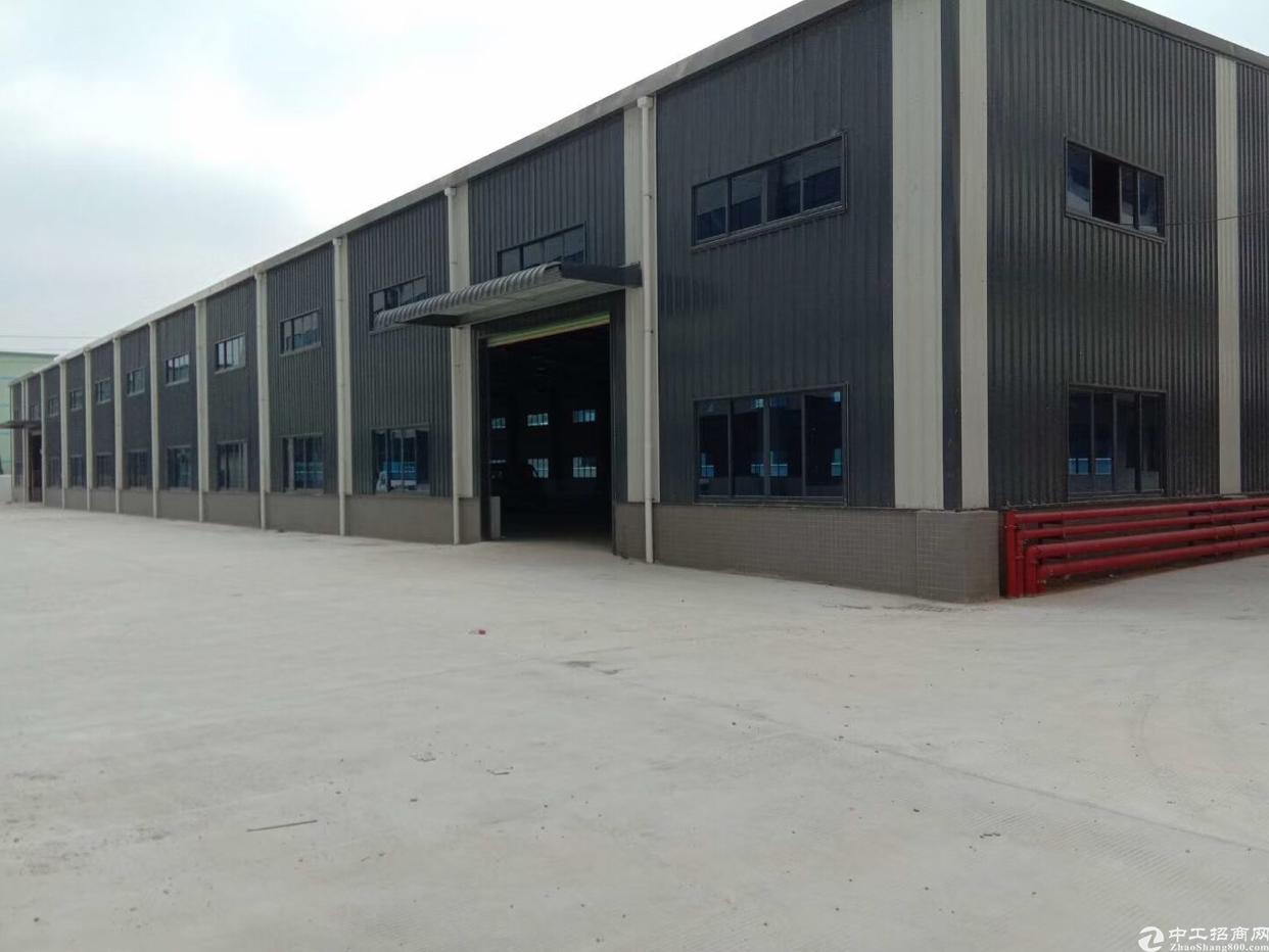 龙岗五联北通道附近新出滴水10米2500平钢构厂房,可分租