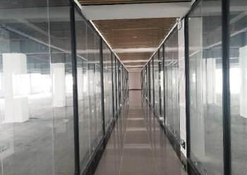 南山西丽大园工业区2000平豪华精装修写字楼招租大小可分图片2