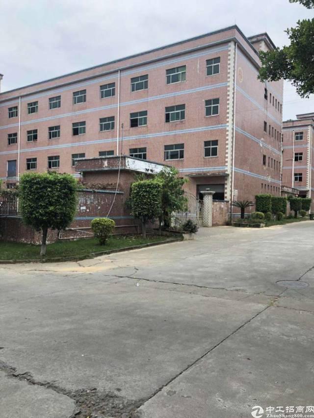 平湖富民工业区新出独院厂房6050平方厂房招租