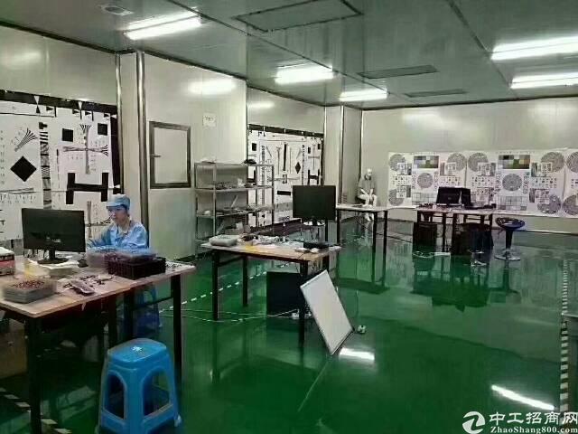 龙岗宝龙高新区 厂房3楼 1800平,带精装修