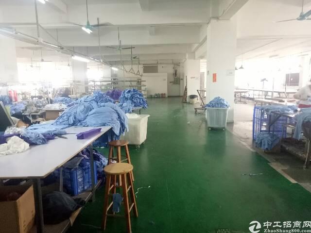 虎门镇镇口现成制衣厂出租不要转让费1600平方实际面积出租