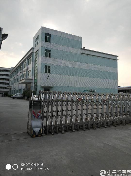 高埗镇低涌村工业区内分租3楼现成装修