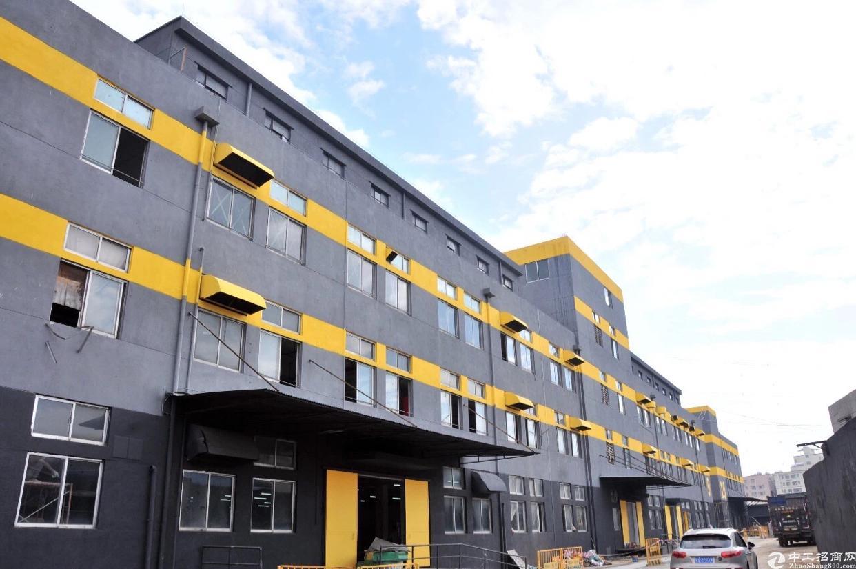 精装修厂房3楼600平米底价出租