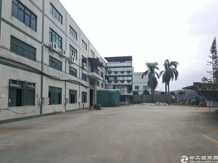 深圳平湖原房东7米高独院厂房出租
