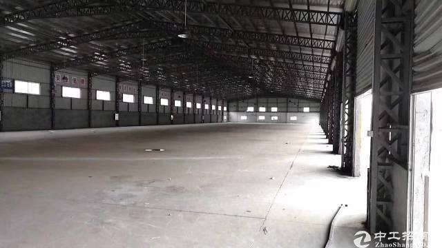 龙华新区新出独院带卸货平台钢构4500平