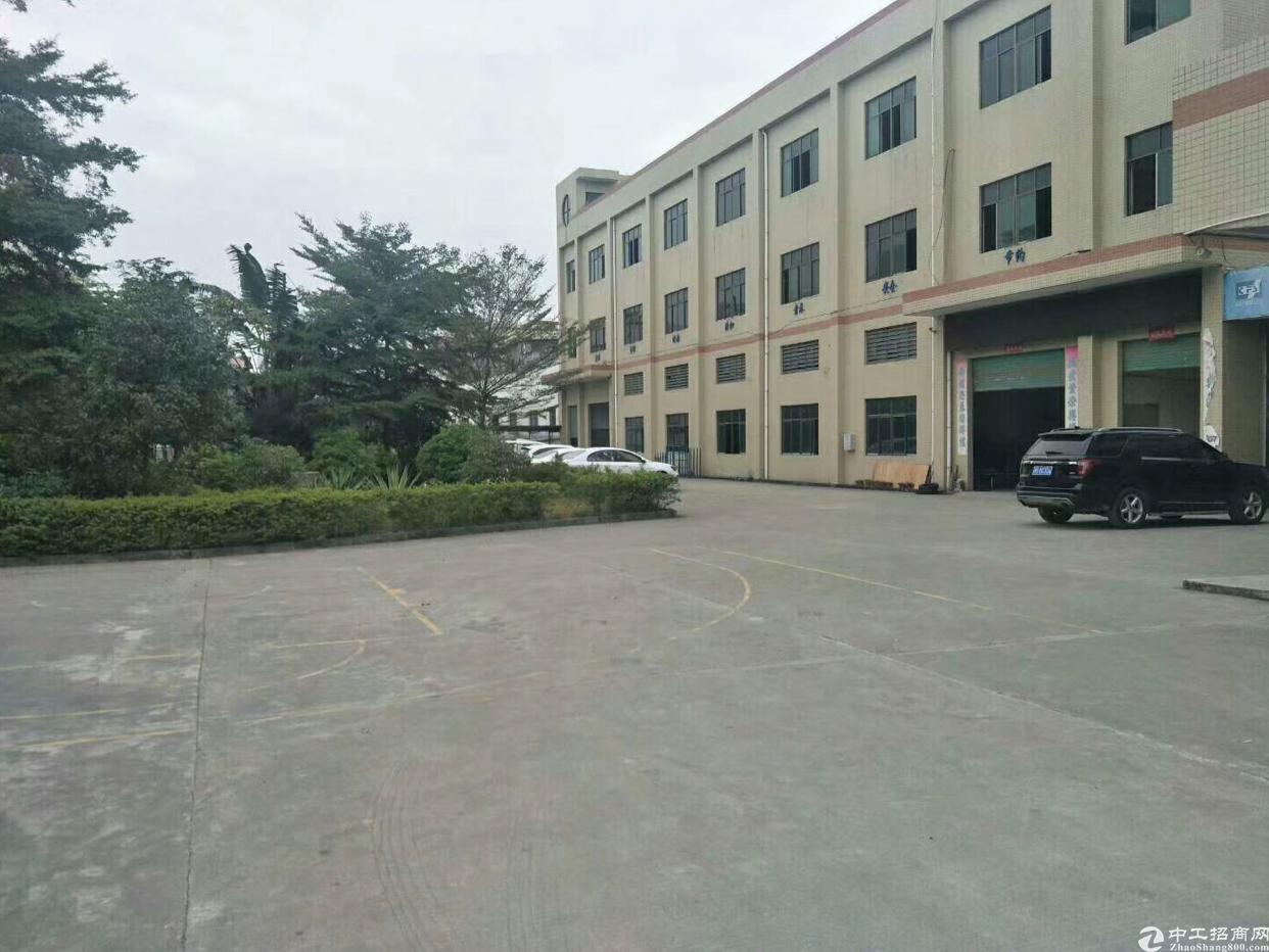 新出独院花园式厂房出租, 厂房三层4000平