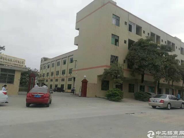 黄江镇靠公明花园式独门独院4400平米三层标准厂房一楼6米