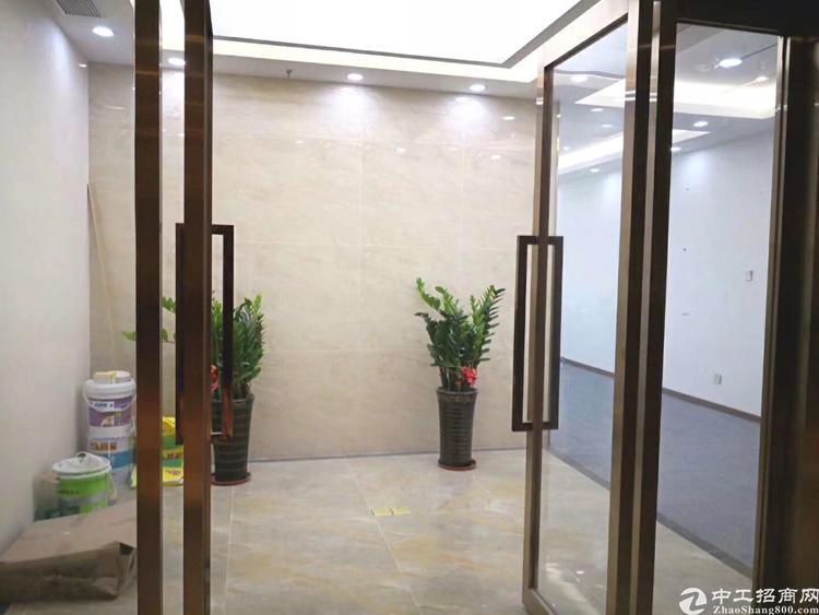 龙华地铁口精装修办公室198平招租