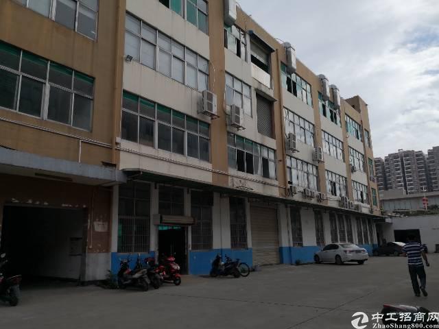 沙井九八工业区新出楼上1600平带精装修带办公室厂房招租