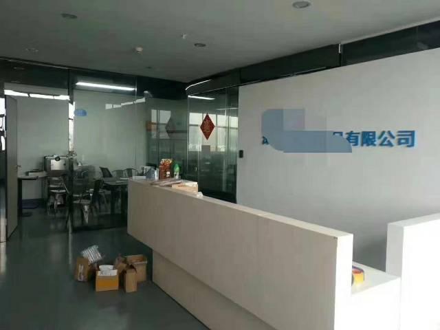 福永凤凰国道边楼上整层1600平米豪华装修无尘车间厂房