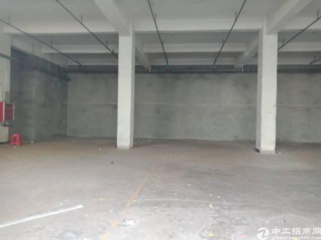 布吉新出365平1楼厂房。可做五金,不锈钢,仓库,生产