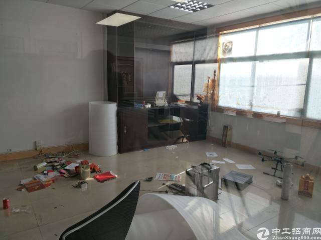 深圳沙井沙头工业园区新出装修300平方厂房出租